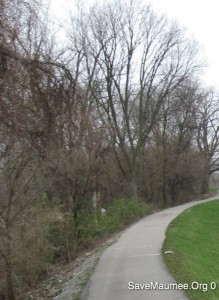 Niagara Drive Levee in Fort Wayne, Indiana