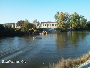 """City was to remove """"dead trees ONLY.""""  Pictures were taken at the confluence of the St. Joseph and St. Marys rivers, which create the Maumee River.  Taken from Tennessee Bridge facing the water filtration plant in Fort Wayne, Indiana."""